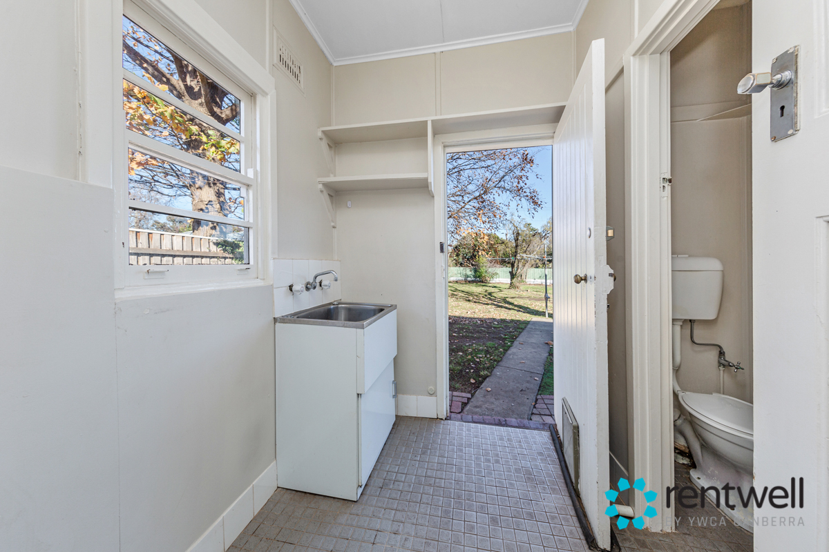 43 Campbell st Ainslie_15
